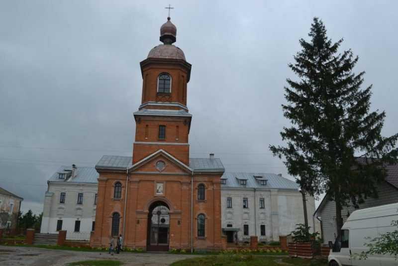 07350 20130922 232743 e1521407985685 - Покровский монастырь в Баре