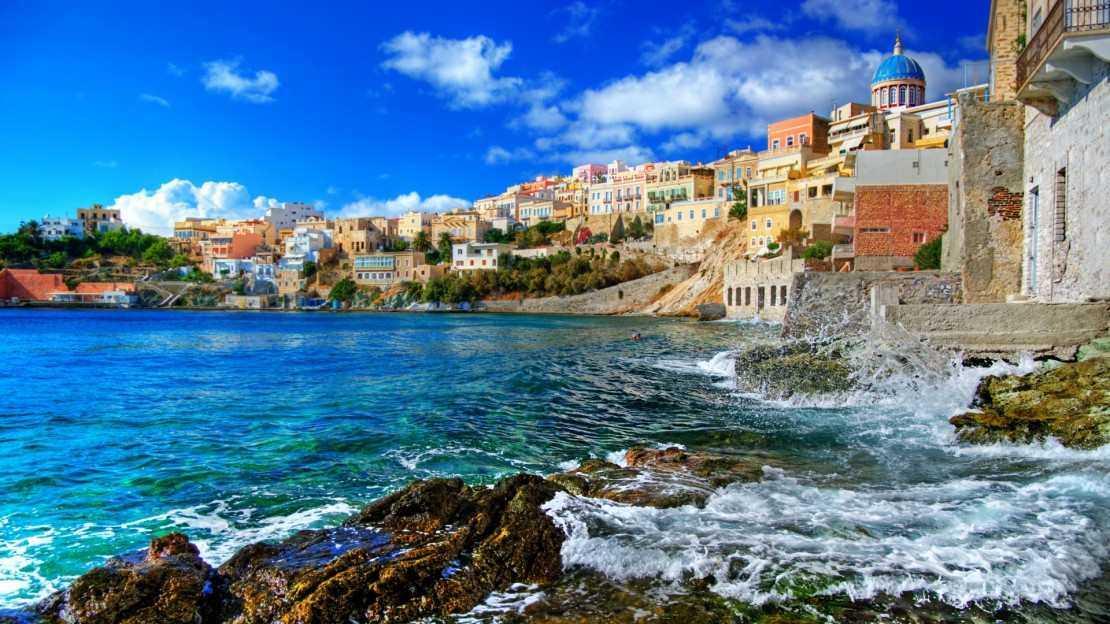 1 11 - На пике сезона: Почему выбирают отдых в Черногории в августе