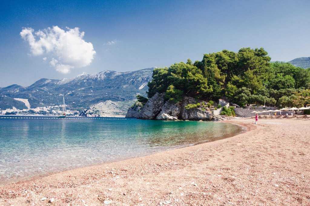 1 17 - Отдых в Черногории в мае под приятным весенним солнцем
