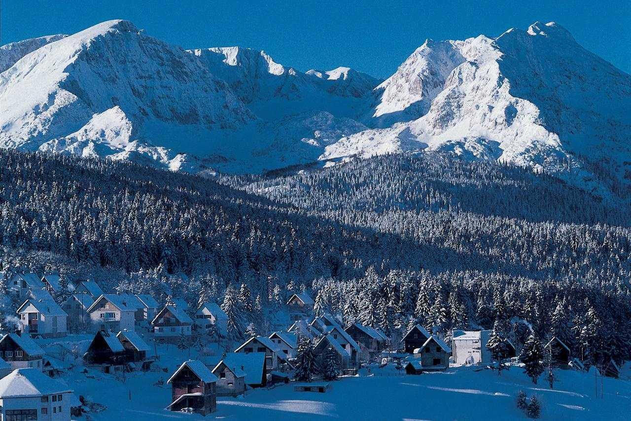 1 20 - Лыжи или фестивали: как провести отдых в Черногории в феврале