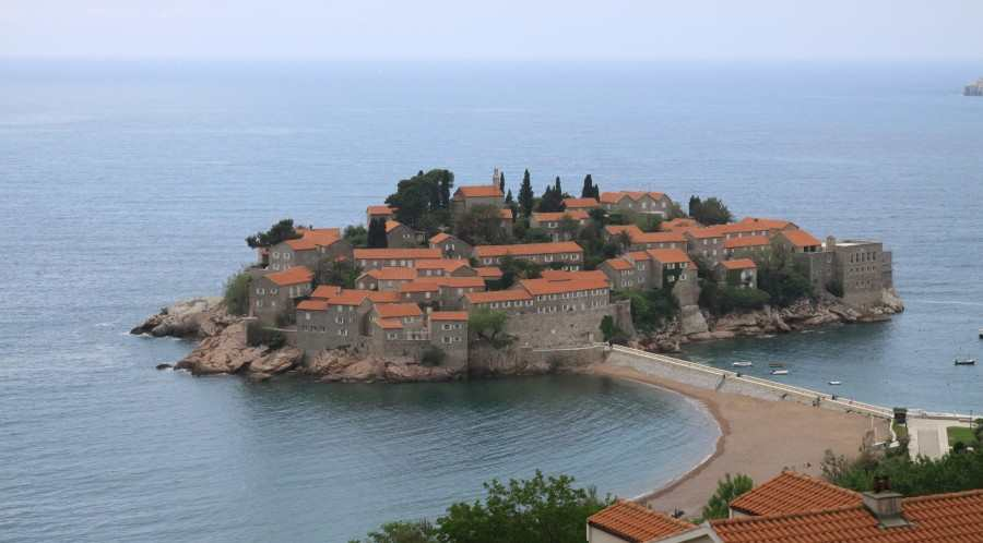 1 7 - Море, горы и адреналин: как провести незабываемый отдых в Черногории