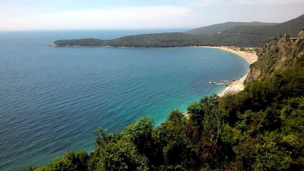 Отдых в Черногории в мае под приятным весенним солнцем