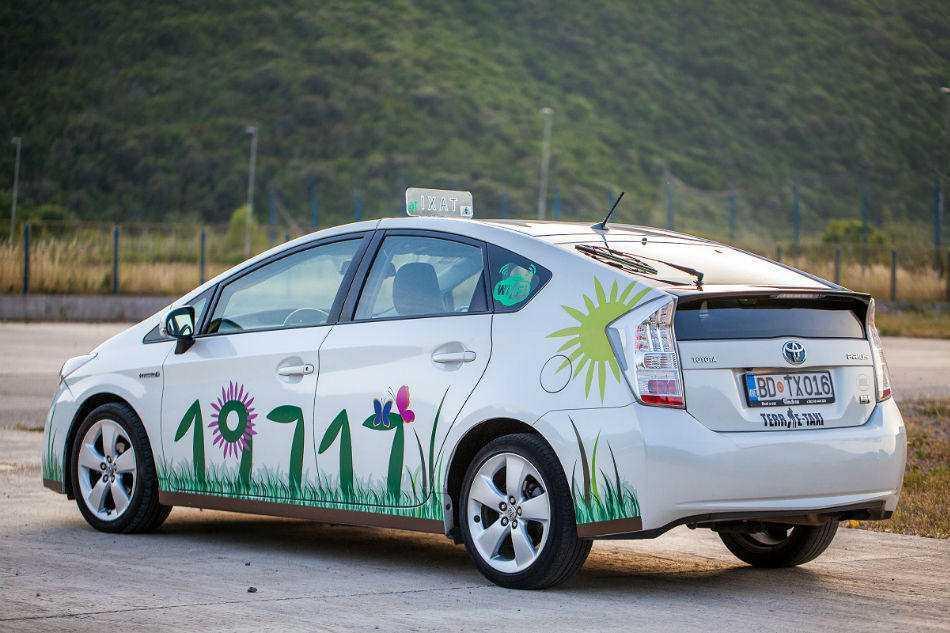 Услуги такси в Черногории