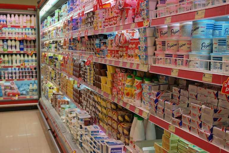 Шоппинг и магазины в Черногории