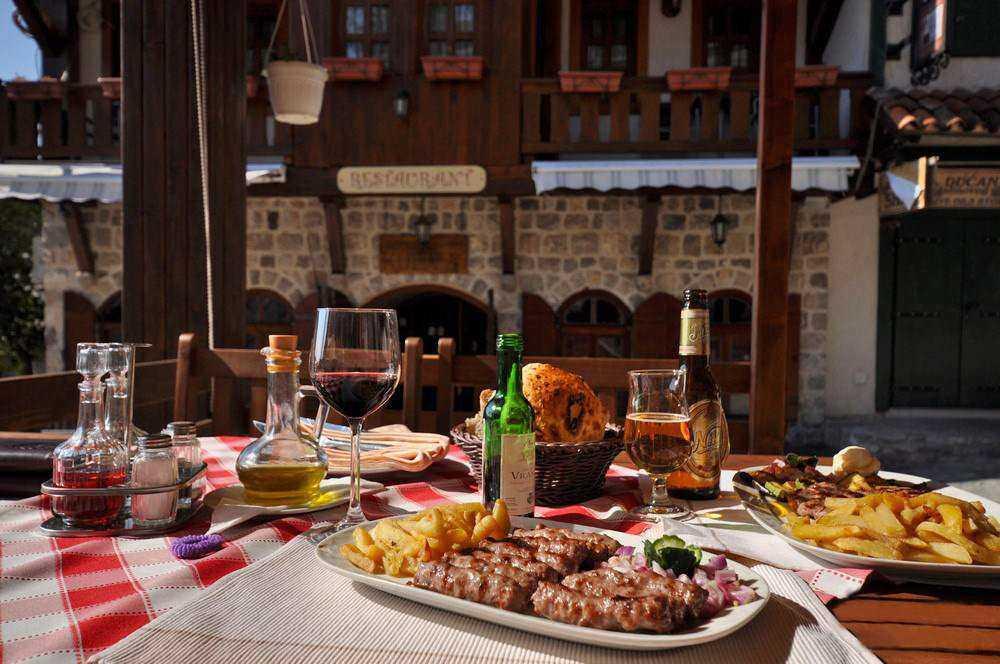 Рестораны в Черногории: обслуживание и меню