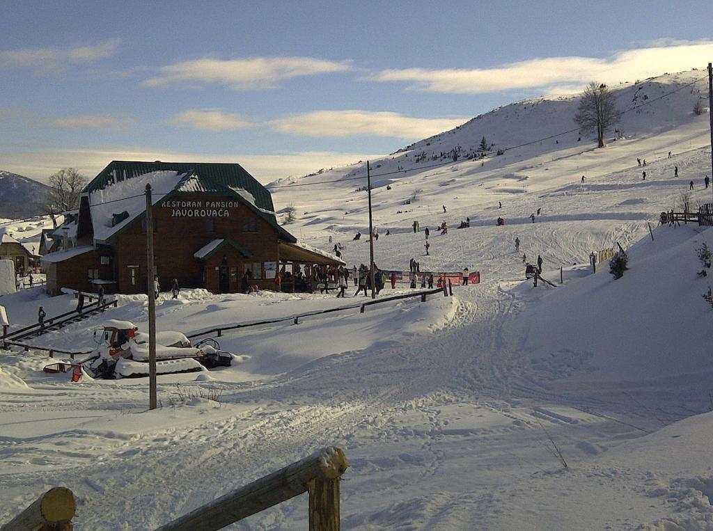 Тихое побережье и шумные горы: чем популярен отдых в Черногории в январе