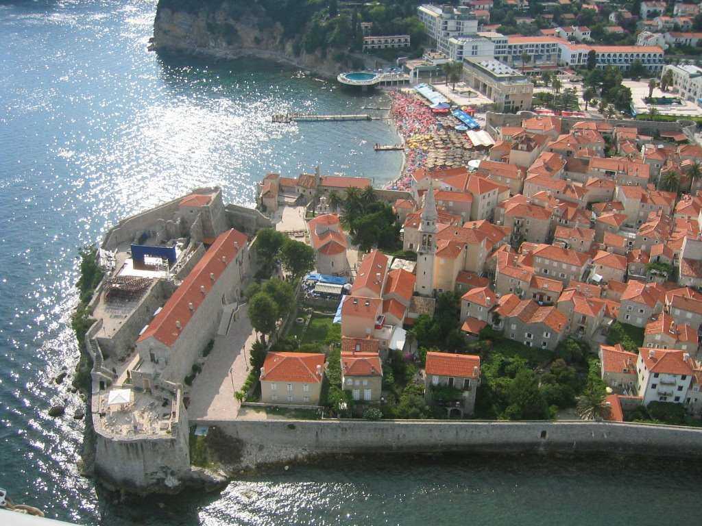 Отдых в Черногории в июне – идеальный вариант для любителей нежаркой погоды