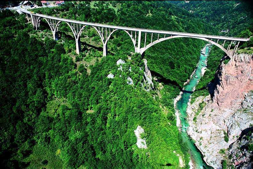 Орел и решка в Черногории