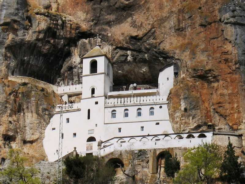Serbia 05 - Храмы в Черногории