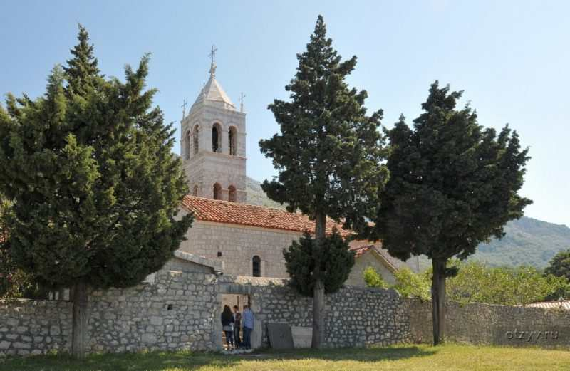 26121321243815 e1522152953105 - Монастырь Режевичи в Черногории
