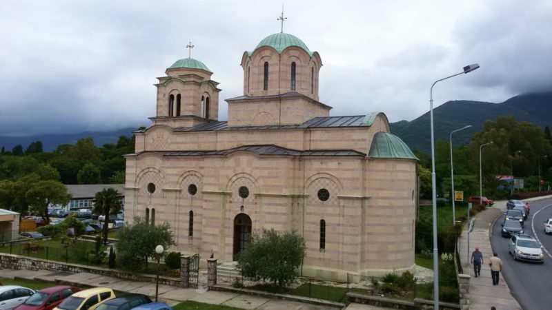 9cfff76e41cd938bf009dca522fd8403 e1522170047808 - Церковь святого Саввы в Тивате