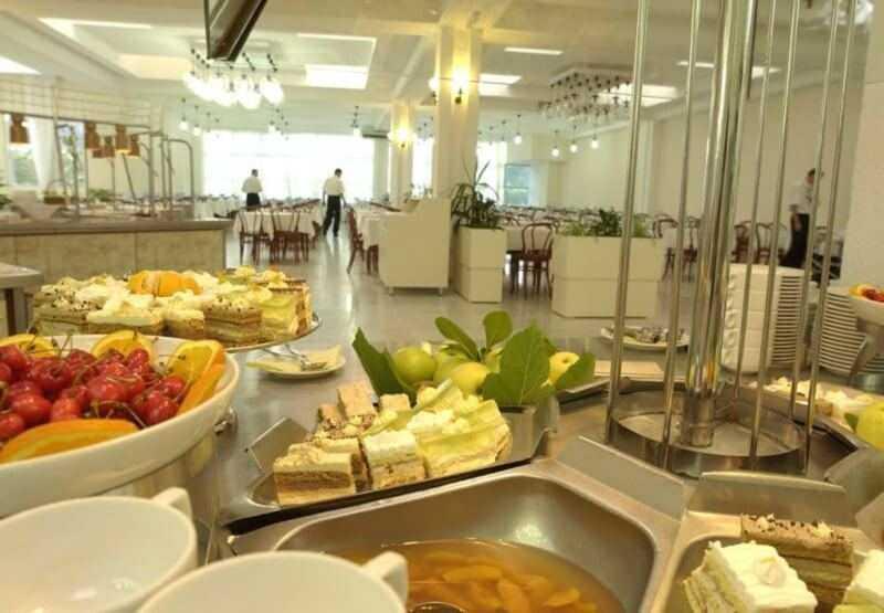 Рестораны и кафе в Бечичи