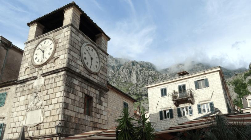 Часовая башня и крепость 13 века в Которе