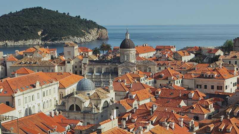 Где лучше отдых в Хорватии или Черногории?