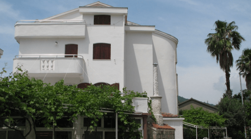 Аренда дома в Будве