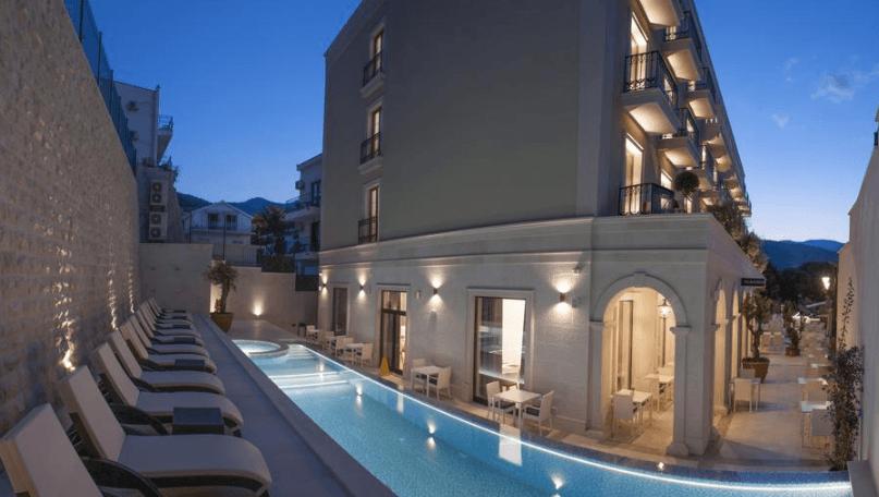 Топ 10 самых лучших отелей Черногории по отзывам посетителей
