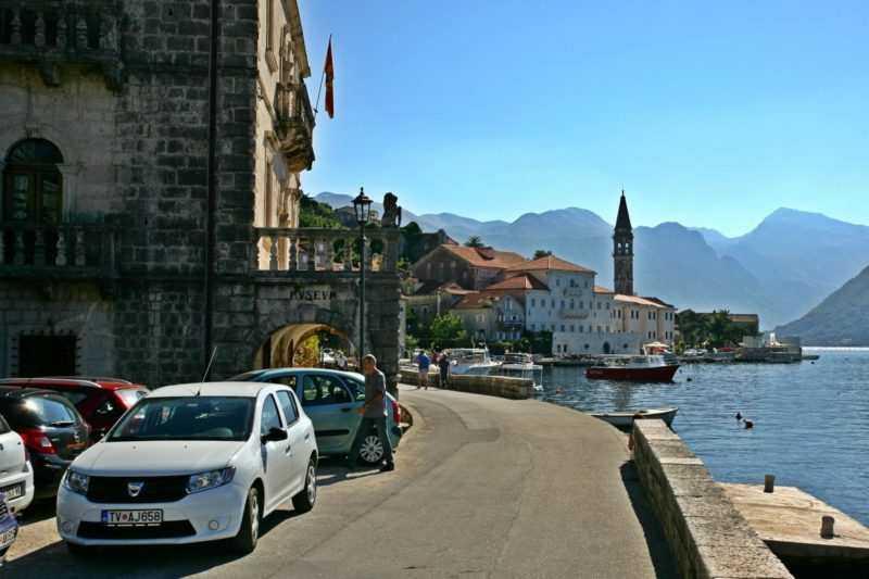 VT4P9721 e1521748879292 - Как добраться из Тивата в другие города Черногории