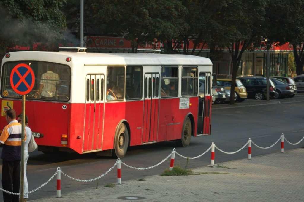 Как добраться из Петроваца в другие города Черногории