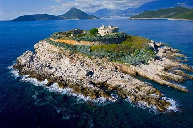 Остров Мамула и Игало в Черногории