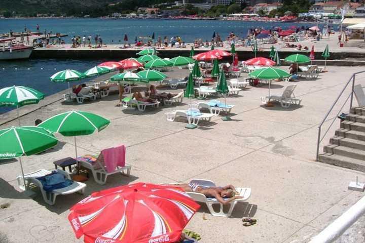 sedam - Пляж Седам в Игало