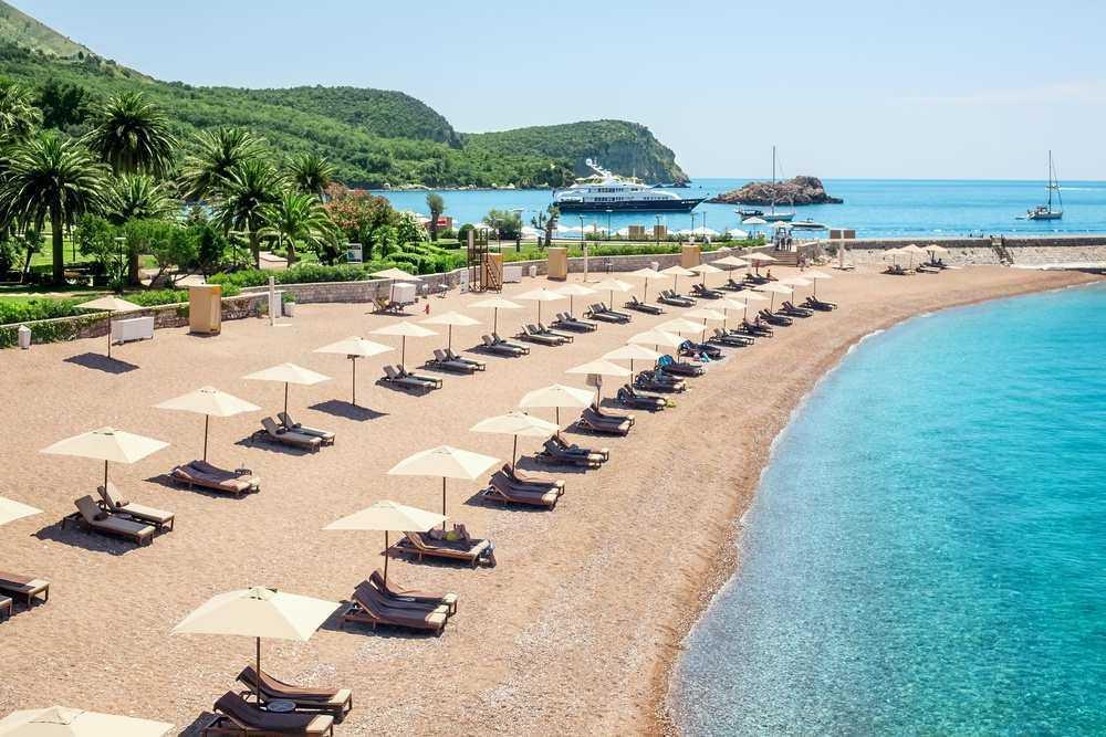 shutterstock 144684644 - Пляжный отдых в Черногории