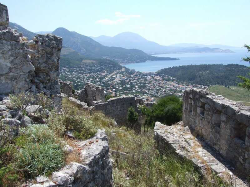 uretskaya krepostj hai nehai 2 1 e1522163337235 - Крепость Хай-Нехай в Черногории